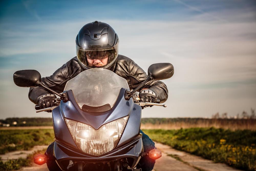 MotoRoute: Přes helmu se nevysmrkáš
