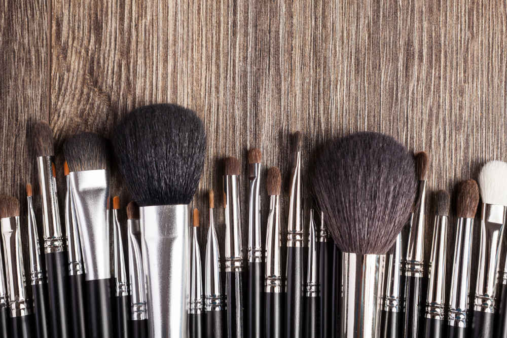 Profesionální kosmetické štětce pro dokonalost makeupu