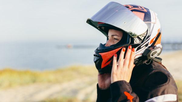 Jak na ucpaný nos pod helmou